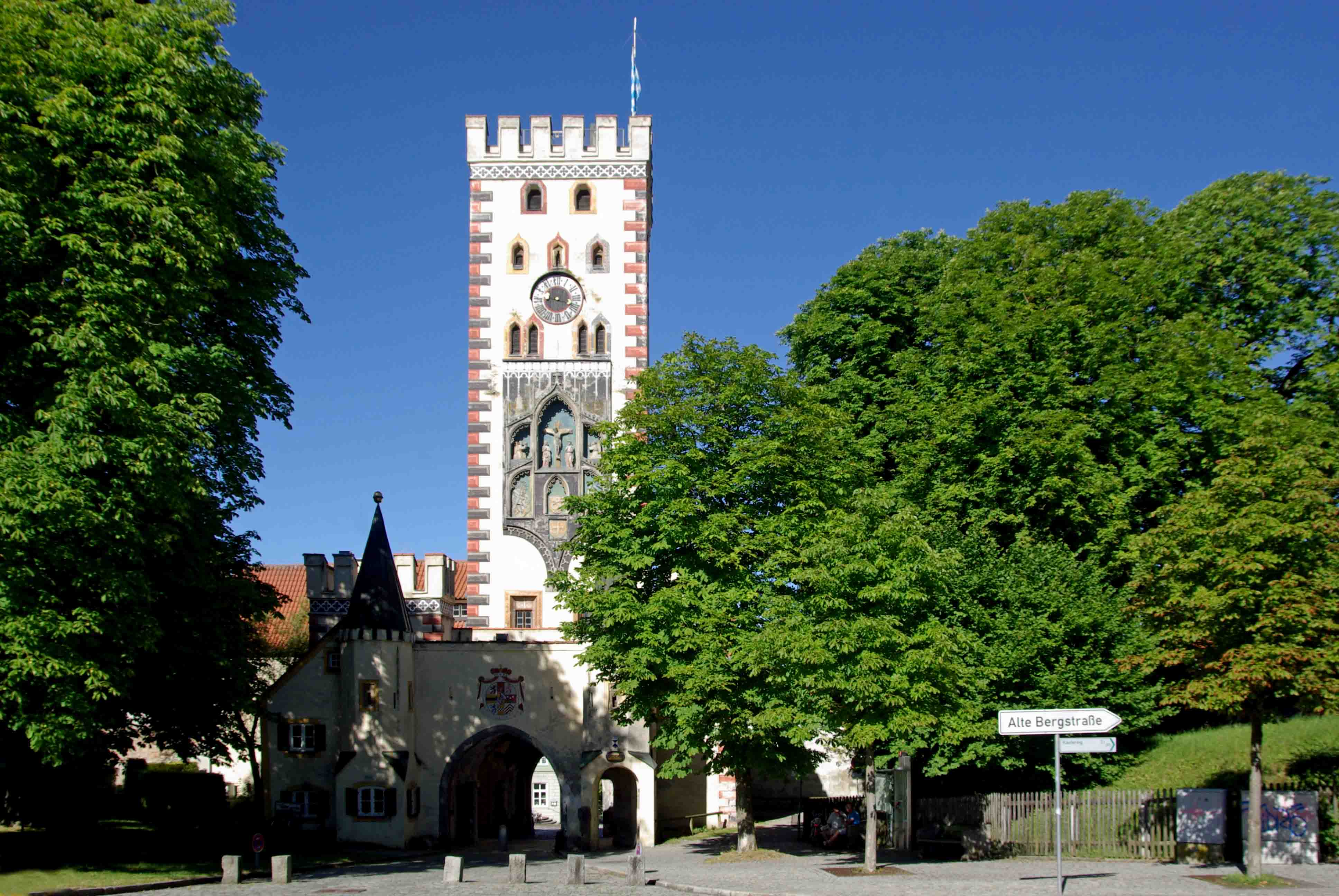 landsberg am lech muslim Our best hotels in landsberg am lech germany find deals, aaa/senior/aarp/military discounts, and phone #'s for cheap landsberg am lech hotel & motel rooms.